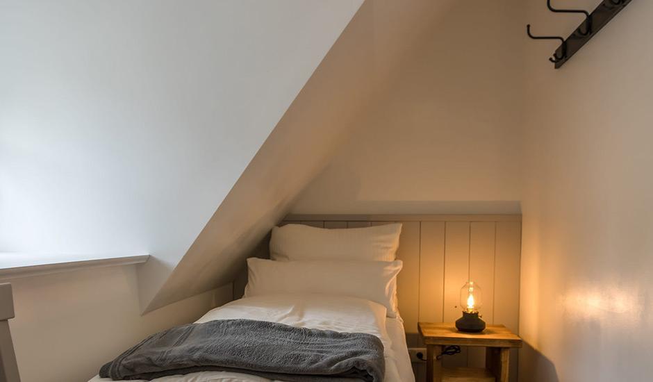 Kajütenzimmer - nur im Eulenhaus der Hoheneichen Hohwacht Reetdach Ferienhäuser an der Ostsee